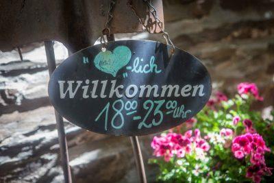 Weinstube - Weingut Dax - Ernst an der Mosel - Ferienland Cochem